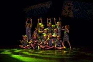 kidsdance en streetdance dansles Budel dansschool fresh