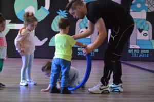 kidsles bij dansschool fresh ook voor mini's. Breakdance, streetdance, kidsdance, minimoves, minidance en nog meer! Kom dansen in Weert, Nederweert of Stramproy